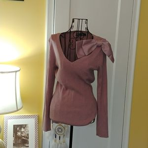 Rose Colored Sweater with Bow Medium NWOT